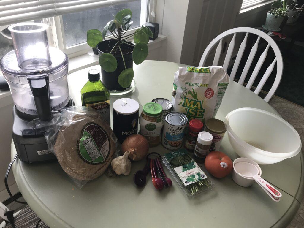 Pita pocket falafel ingredients