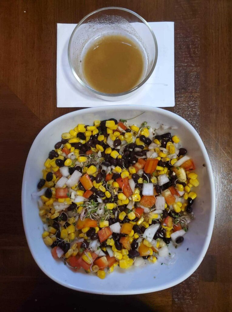 Bumblebee salad and dressing