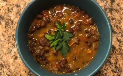Black Bean Soup / Sopa de Frijoles Negros